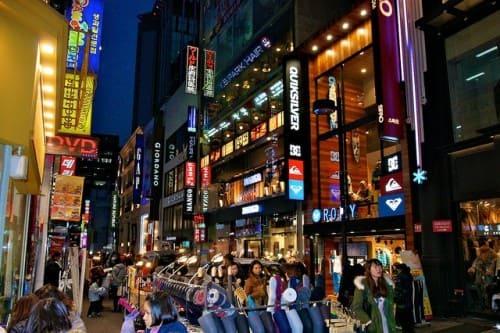 Myeongdong - самые дорогие улицы в мире
