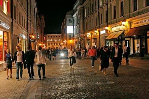 Столешников переулок Москва - самые дорогие улицы в мире